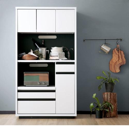 完成品の食器棚