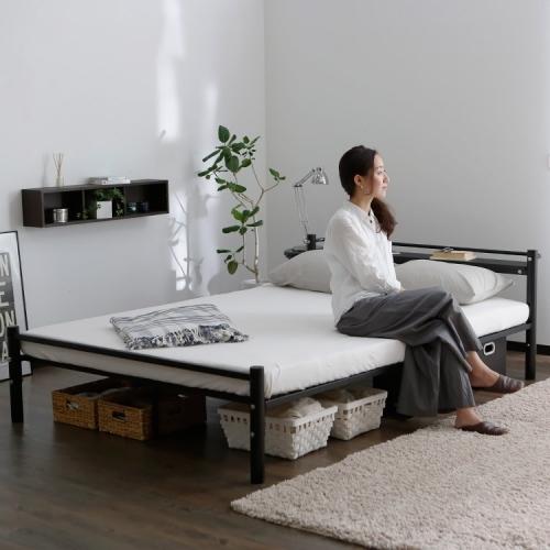 一人暮らしにおすすめのパイプベッド