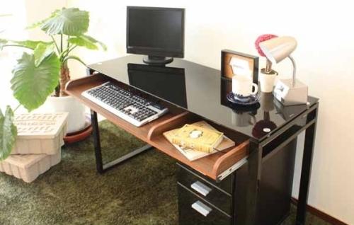 一人暮らしにおすすめのパソコンデスク
