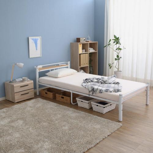 ロウヤのパイプベッド
