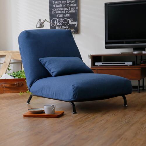 ロウヤのリクライニングソファ